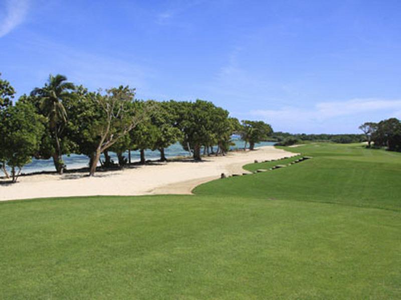 intercontinental fiji golf resort and spa fiji fiji. Black Bedroom Furniture Sets. Home Design Ideas